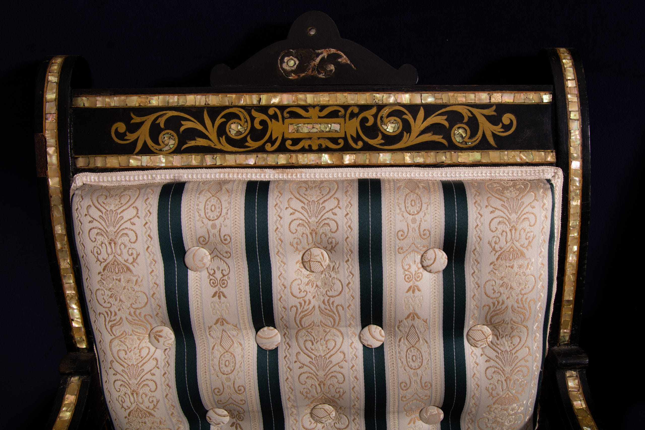 Bécsi Boulle stílusú 19. századi garnitúra