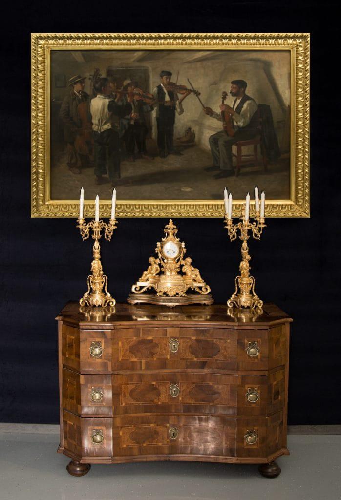 Barokk stílusú komód három fiókkal