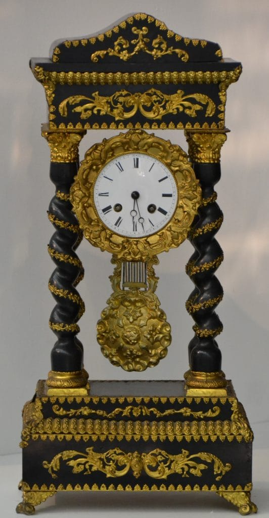 Bécsi asztali ingás óra, 19. század vége